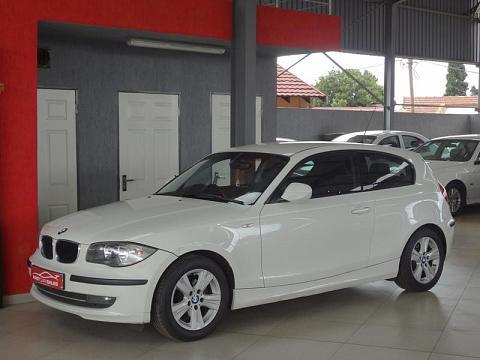2010 BMW 1 Series 3-Door 118i