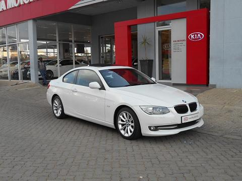 2012 BMW 3 Series Coupe 320i Exclusive Steptronic