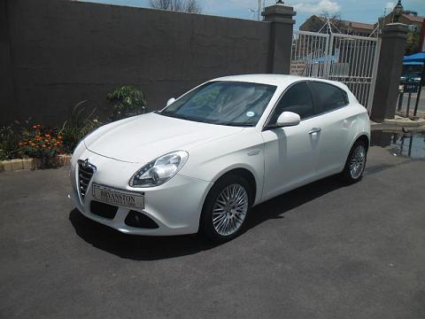 2011 Alfa Romeo Giulietta 1.4 Tb Multiair Distinctive